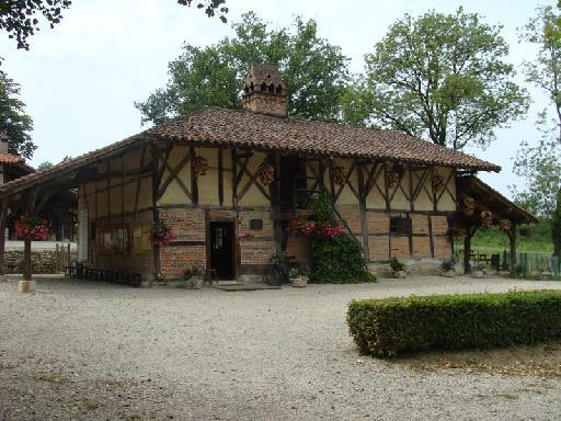 photos touristiques  StEtienneduBois  La ferme des  ~ Orpi Saint Etienne Du Bois