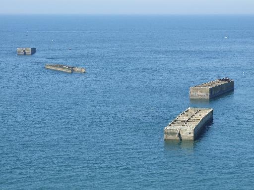 Photos touristiques vestiges du port artificiel d 39 arromanches - Port artificiel d arromanches construction ...