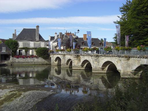 photos touristiques le pont d 39 azay le rideau. Black Bedroom Furniture Sets. Home Design Ideas